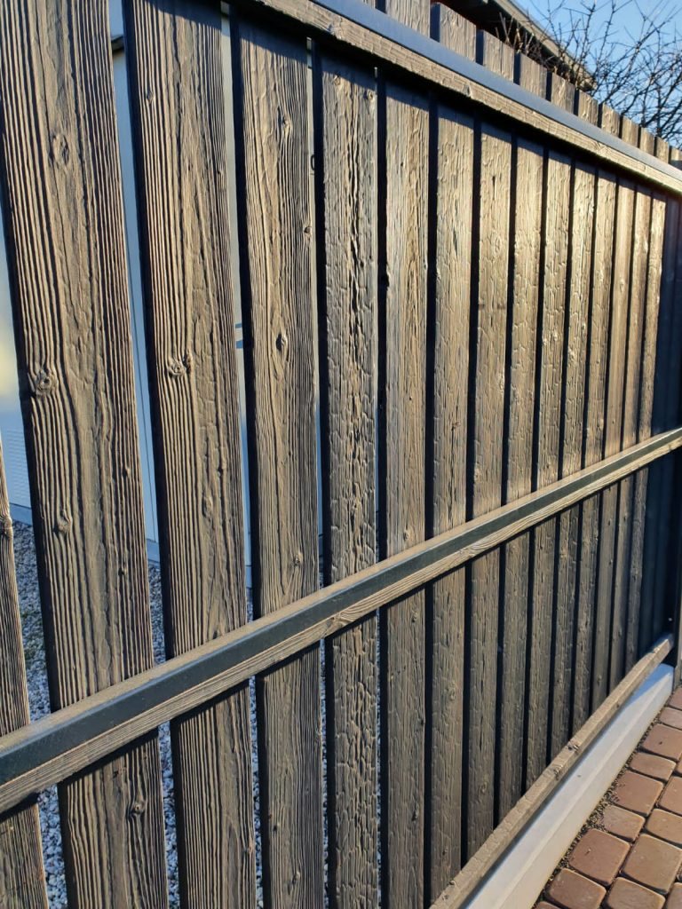 Yakiita wood fence